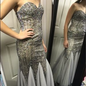 $1,000. Silver Multi Sequins Prom Dress